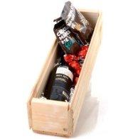 מארז מתנה ארגז עץ עם יין ושוקולד